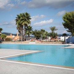 Отель AzuLine Club Cala Martina Ibiza - All Inclusive бассейн фото 2