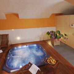 Отель Ea Manes Прага бассейн фото 2