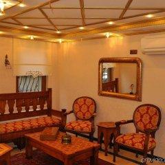 Aruna Hotel интерьер отеля