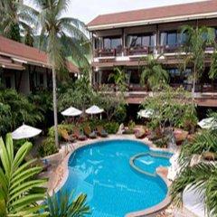 Отель Grand Thai House Resort бассейн