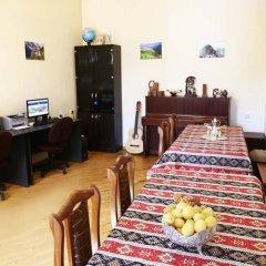 Отель Хостел Byron Армения, Ереван - 1 отзыв об отеле, цены и фото номеров - забронировать отель Хостел Byron онлайн интерьер отеля фото 2