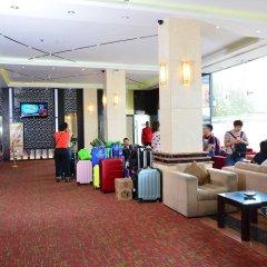 Отель Pearl Grand Hotel Шри-Ланка, Коломбо - отзывы, цены и фото номеров - забронировать отель Pearl Grand Hotel онлайн интерьер отеля фото 2