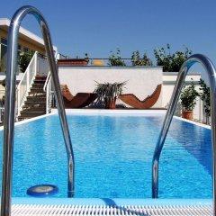 Hotel Kubrat an der Spree бассейн