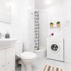 Отель Little Home - Violet Польша, Варшава - отзывы, цены и фото номеров - забронировать отель Little Home - Violet онлайн ванная