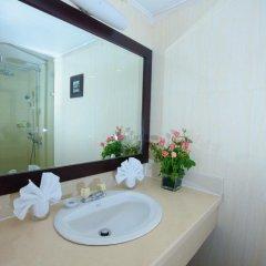 Отель Medallion Hanoi Hotel Вьетнам, Ханой - отзывы, цены и фото номеров - забронировать отель Medallion Hanoi Hotel онлайн ванная