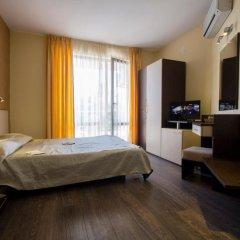 Отель Coral Болгария, Аврен - отзывы, цены и фото номеров - забронировать отель Coral онлайн сейф в номере