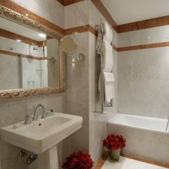 Отель Degli Orafi ванная фото 2