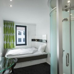 Отель Wakeup Copenhagen - Borgergade Дания, Копенгаген - 4 отзыва об отеле, цены и фото номеров - забронировать отель Wakeup Copenhagen - Borgergade онлайн комната для гостей фото 5