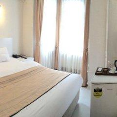 Отель Eagle Residence Taksim Стамбул комната для гостей фото 2