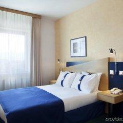 Отель Holiday Inn Express Geneva Airport комната для гостей фото 4