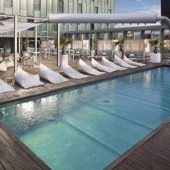 Отель The Level At Melia Barcelona Sky бассейн