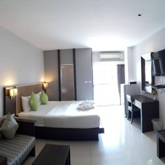 Отель April Suites Pattaya Паттайя комната для гостей фото 3