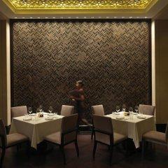 Park Hyatt Abu Dhabi Hotel & Villas питание фото 2
