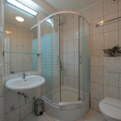 Отель Oasis Сербия, Белград - отзывы, цены и фото номеров - забронировать отель Oasis онлайн ванная