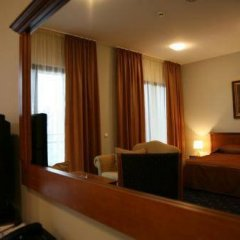 Отель Панорама Болгария, Велико Тырново - отзывы, цены и фото номеров - забронировать отель Панорама онлайн сейф в номере