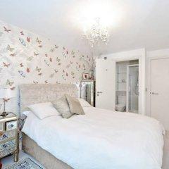 Апартаменты 1 Bedroom Apartment With Balcony in Haggerston комната для гостей фото 3