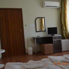 Отель Guesthouse Opal Болгария, Равда - отзывы, цены и фото номеров - забронировать отель Guesthouse Opal онлайн удобства в номере фото 2