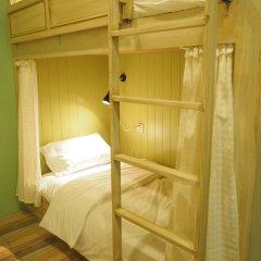 Отель The Luna сейф в номере