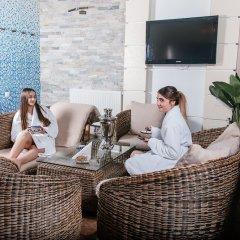 Гостиница Deluxe Hotel Kupava Украина, Львов - 1 отзыв об отеле, цены и фото номеров - забронировать гостиницу Deluxe Hotel Kupava онлайн бассейн