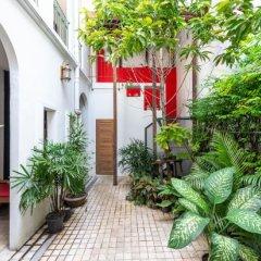 Neighbor Phuthon Boutique Hostel Бангкок