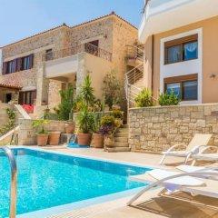 Отель MED Villa Christina Dafnes бассейн