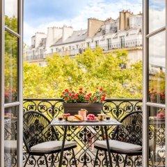 Отель Sunshine 2 bedroom - Luxury at Louvre Париж балкон