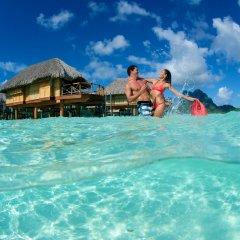 Отель Bora Bora Pearl Beach Resort and Spa Французская Полинезия, Бора-Бора - отзывы, цены и фото номеров - забронировать отель Bora Bora Pearl Beach Resort and Spa онлайн пляж фото 2
