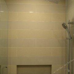 Отель W Studio Bukit Bintang Малайзия, Куала-Лумпур - отзывы, цены и фото номеров - забронировать отель W Studio Bukit Bintang онлайн ванная