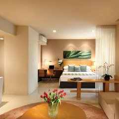 Отель PARKROYAL Serviced Suites Kuala Lumpur Малайзия, Куала-Лумпур - 1 отзыв об отеле, цены и фото номеров - забронировать отель PARKROYAL Serviced Suites Kuala Lumpur онлайн комната для гостей фото 2