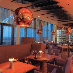 Radisson Blu Hotel, Abu Dhabi Yas Island гостиничный бар