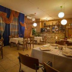Гостиница Горлица в Глазове отзывы, цены и фото номеров - забронировать гостиницу Горлица онлайн Глазов гостиничный бар