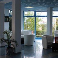 Отель PrimaSol Sineva Beach Hotel - Все включено Болгария, Свети Влас - отзывы, цены и фото номеров - забронировать отель PrimaSol Sineva Beach Hotel - Все включено онлайн интерьер отеля