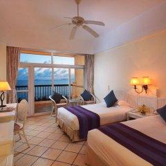 Sanya Golden Phoenix Sea View Hotel комната для гостей фото 4