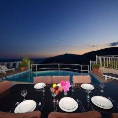 Отель Villa Su бассейн