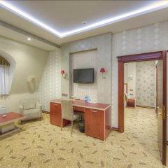 Отель Grand Hotel Азербайджан, Баку - 8 отзывов об отеле, цены и фото номеров - забронировать отель Grand Hotel онлайн удобства в номере фото 2