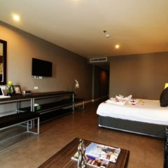Отель Sea Me Spring Hotel Таиланд, Паттайя - отзывы, цены и фото номеров - забронировать отель Sea Me Spring Hotel онлайн сейф в номере