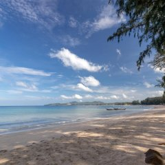 Отель Best Western Premier Bangtao Beach Resort & Spa пляж