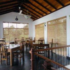 Отель Villa Baywatch Rumassala Шри-Ланка, Унаватуна - отзывы, цены и фото номеров - забронировать отель Villa Baywatch Rumassala онлайн питание