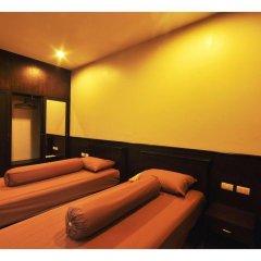 Отель The Bedroom Kata Beach спортивное сооружение