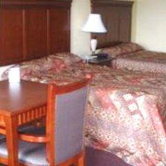 Отель Quarters Inn & Suites в номере
