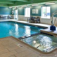 Отель Days Inn by Wyndham Great Bend США, Хойзингтон - отзывы, цены и фото номеров - забронировать отель Days Inn by Wyndham Great Bend онлайн бассейн фото 2