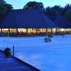 Отель Holiday Island Resort & Spa бассейн фото 3