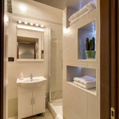 Отель Artemis Guest House ванная