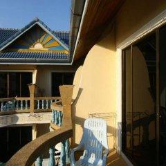 Отель Patong Sunbeach Mansion балкон