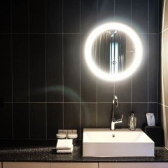 Отель De Jonker Urban Studio's & Suites Нидерланды, Амстердам - отзывы, цены и фото номеров - забронировать отель De Jonker Urban Studio's & Suites онлайн ванная