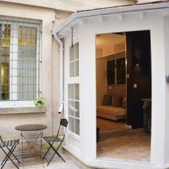 Отель Grenelle - Your Home in Paris Франция, Париж - отзывы, цены и фото номеров - забронировать отель Grenelle - Your Home in Paris онлайн балкон
