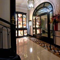 Отель Lancaster Paris Champs-Elysées Франция, Париж - 1 отзыв об отеле, цены и фото номеров - забронировать отель Lancaster Paris Champs-Elysées онлайн вид на фасад