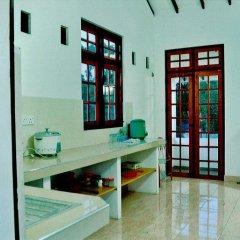 Отель Asiri apartments Шри-Ланка, Негомбо - отзывы, цены и фото номеров - забронировать отель Asiri apartments онлайн ванная фото 2