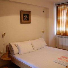 Отель Dinko Motel Болгария, Сандански - отзывы, цены и фото номеров - забронировать отель Dinko Motel онлайн комната для гостей