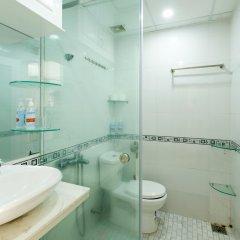 Апартаменты Sunrise Ocean View Apartment Нячанг ванная